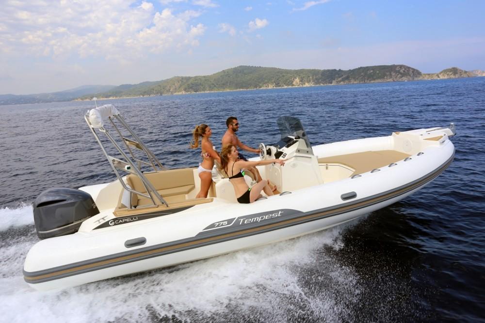 Noleggio yacht Eivissa - Capelli Tempest 775 su SamBoat