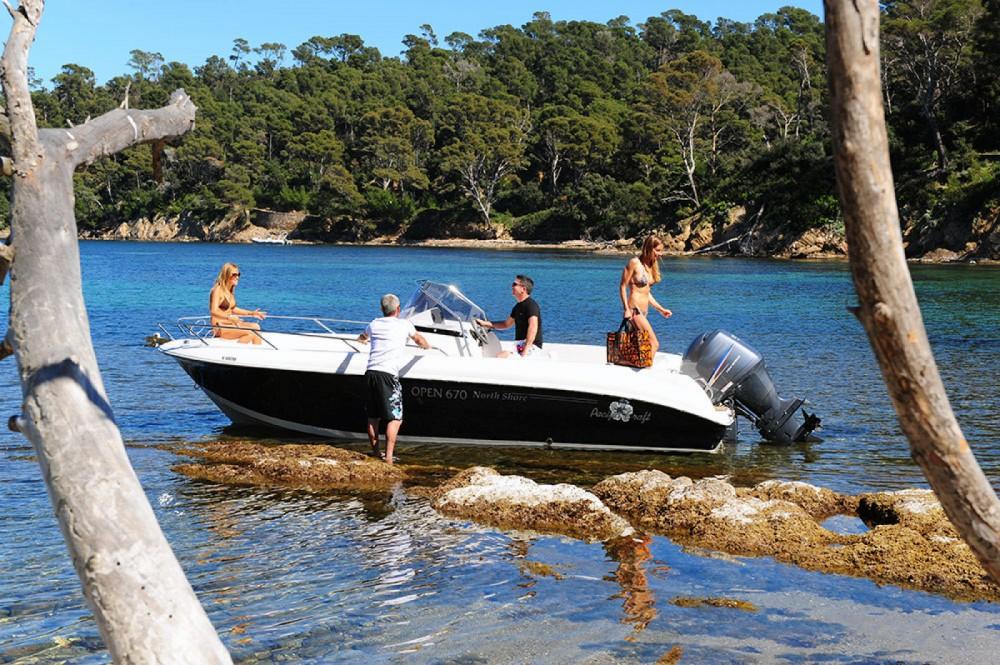 Noleggio barche Pacific Craft Pacific Craft 670 Open Sant Antoni de Portmany su Samboat