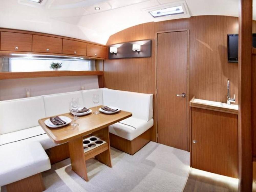 Noleggio Barca a motore con o senza skipper Bavaria Eivissa
