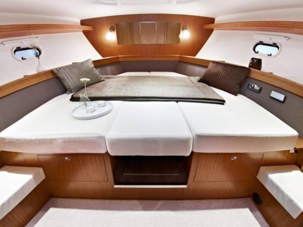 Noleggio barche Bavaria Bavaria 39 HT Eivissa su Samboat