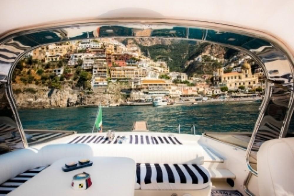 Noleggio barche Vico Equense economico Itama 46