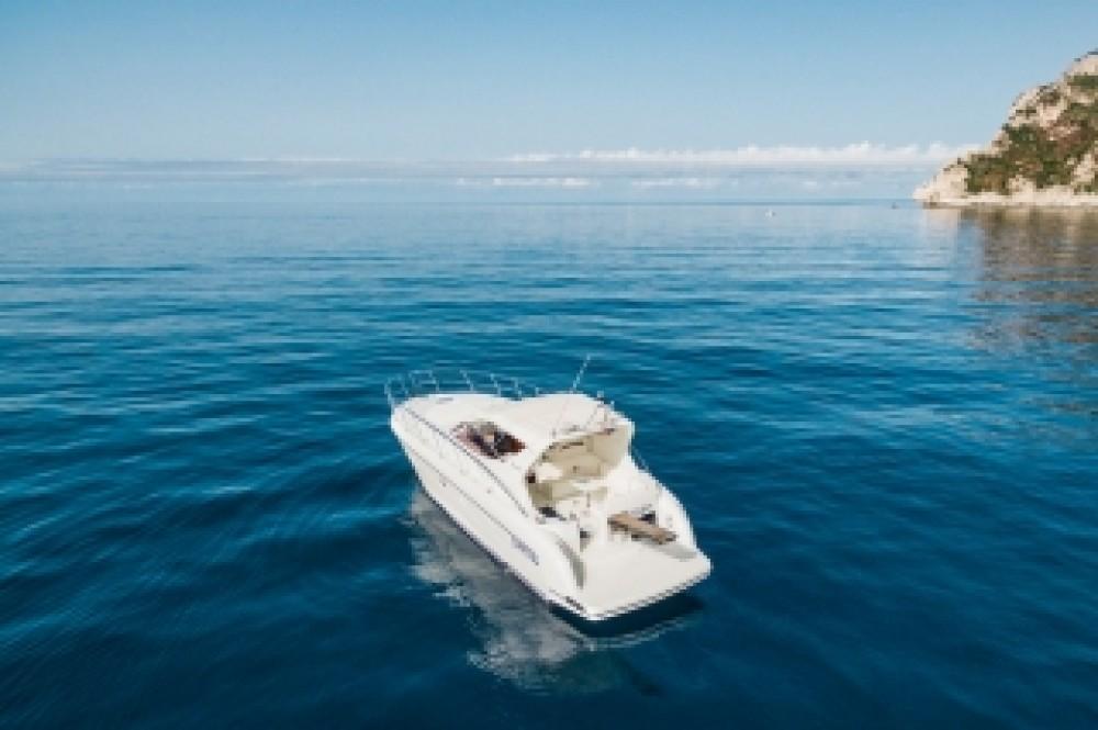 Noleggio Barca a motore con o senza skipper Raffaelli Seiano