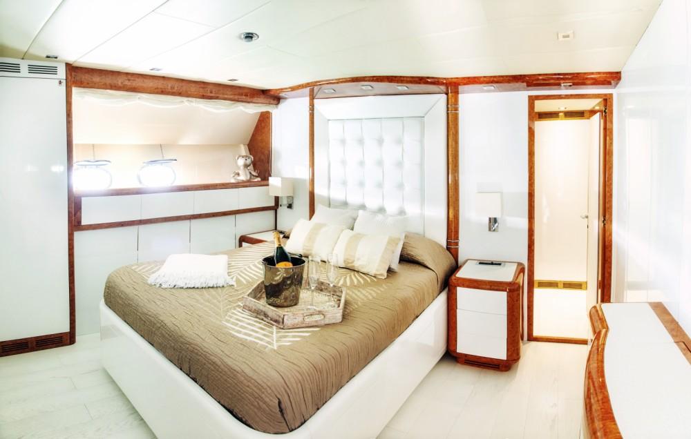Noleggio yacht Eivissa - Mangusta MANGUSTA 108 su SamBoat