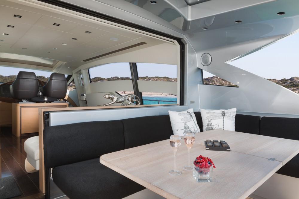 Pershing Pershing 72 tra personale e professionale Eivissa