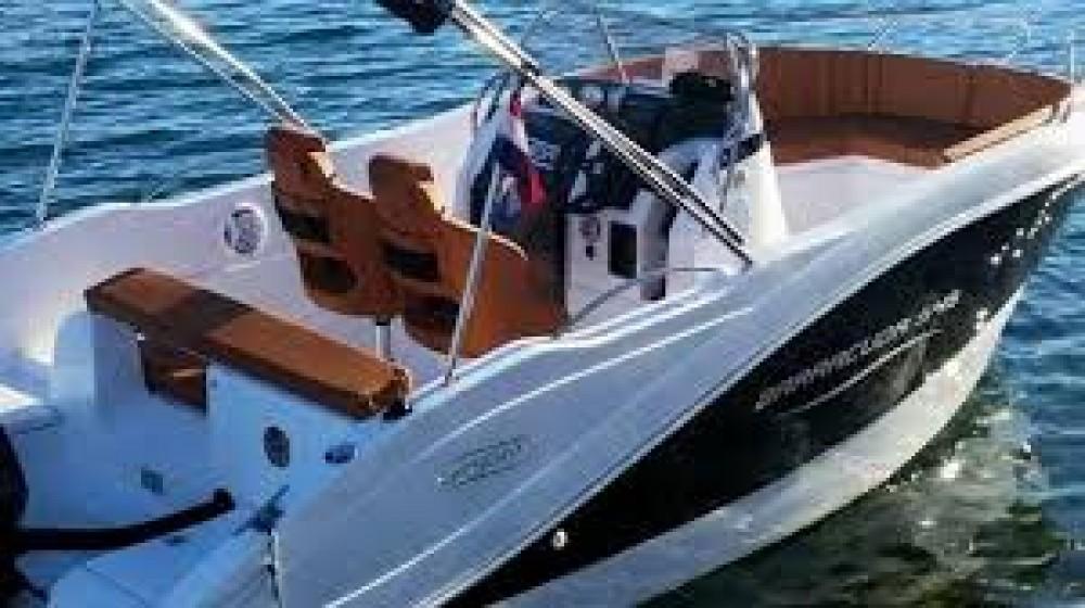 Noleggio Barca a motore Okiboats con una patente