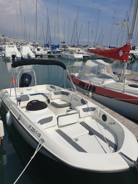Noleggio Barca a motore Bayliner con una patente