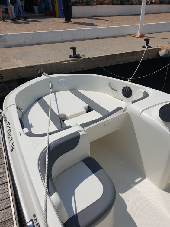 Noleggio Barca a motore con o senza skipper Bayliner Altea