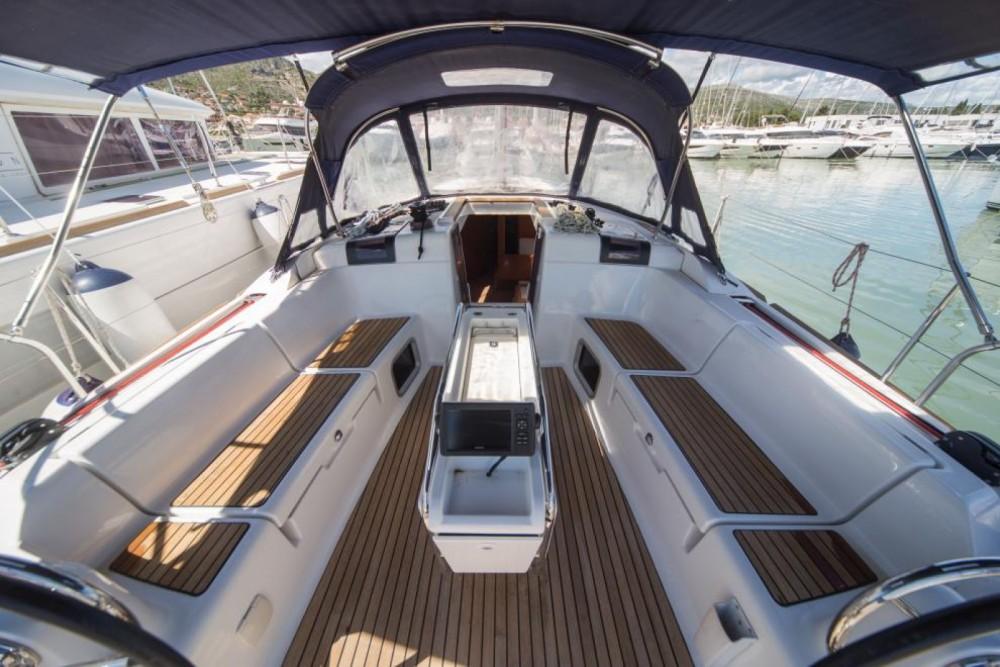 Noleggio barche Olbia economico Sun Odyssey 449