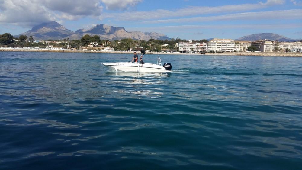 noleggio Barca a motore Altea - Bayliner E6