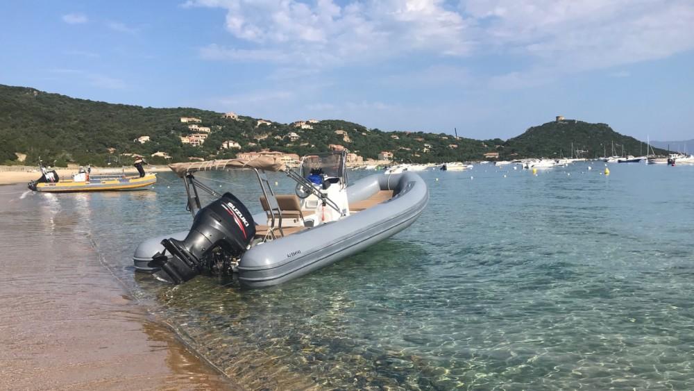 Noleggio barche Capelli Tempest 630 Campomoro su Samboat