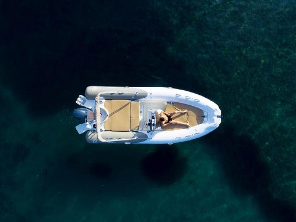 Noleggio barche Cannes economico Medline 650