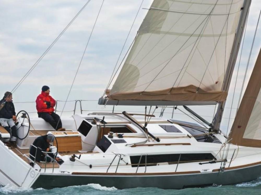 noleggio Barca a vela  - Dufour Dufour 382 Grand Large