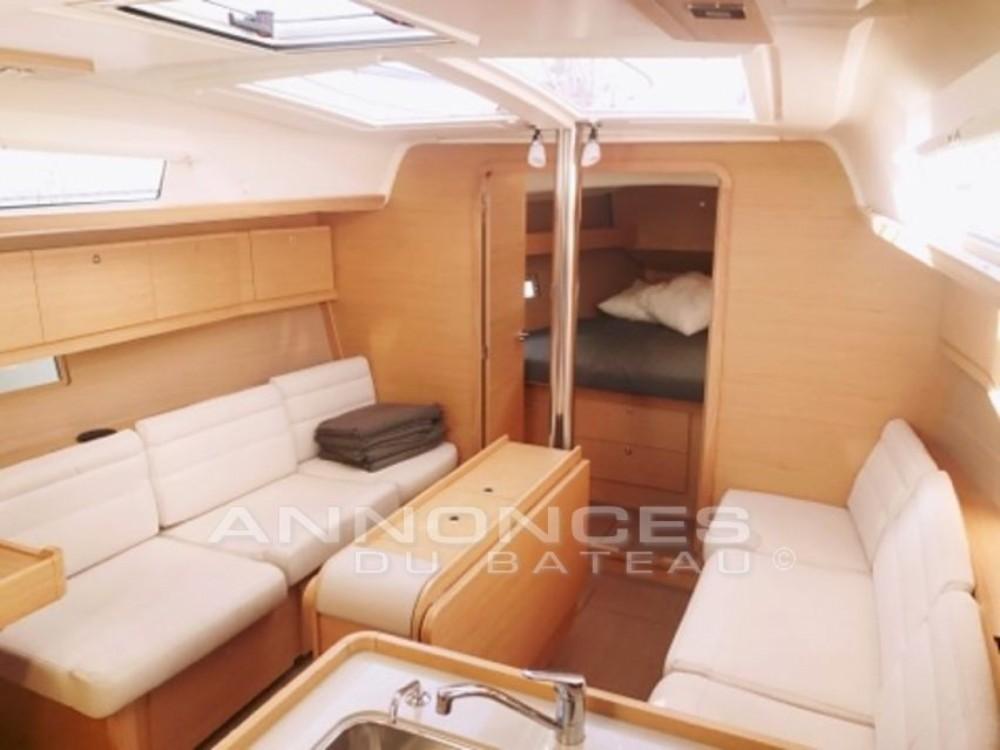 Noleggio yacht  - Dufour Dufour 382 Grand Large su SamBoat