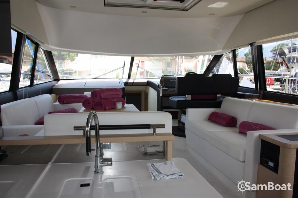 Noleggio yacht Cogolin - Prestige Prestige 500 Fly su SamBoat