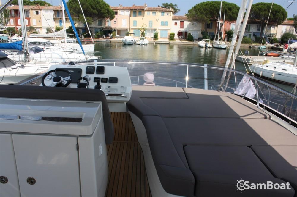 Noleggio barche Cogolin economico Prestige 500 Fly