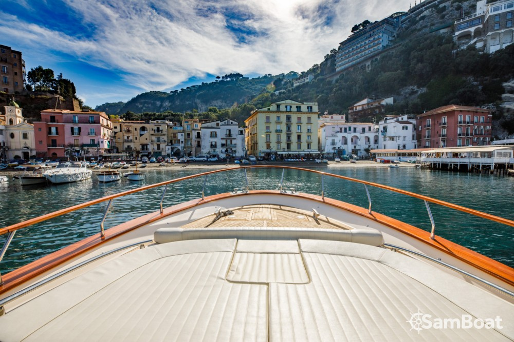 Noleggio Barca a motore con o senza skipper Fratelli Aprea Sorrento