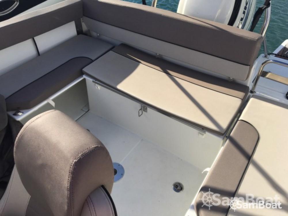 noleggio Barca a motore Six-Fours-les-Plages - Jeanneau Cap Camarat 755 WA