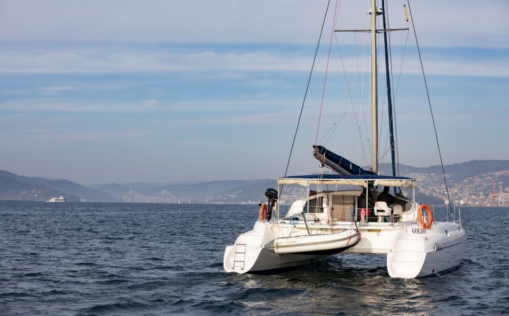 Noleggio barche Fountaine Pajot Athena 38 Vigo su Samboat