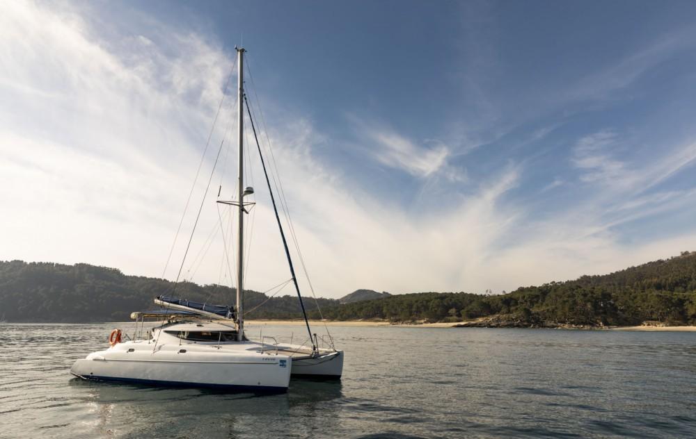Catamarano a noleggio Vigo al miglior prezzo