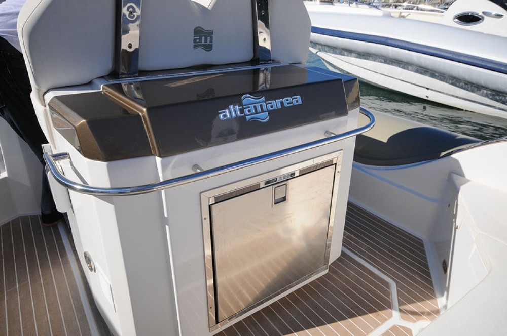 Noleggio barche Altamarea WAVE 35 Bandol su Samboat