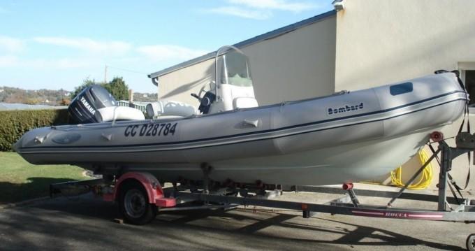 Noleggio barche Bénodet economico Explorer 640 SB