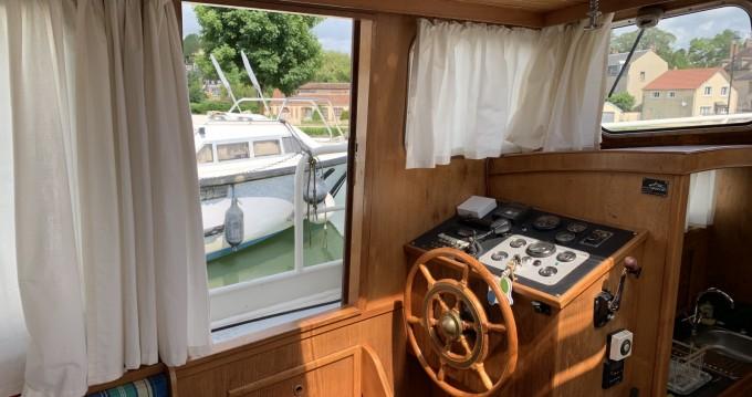Noleggio Houseboat con o senza skipper Stevens a Saint-Florentin