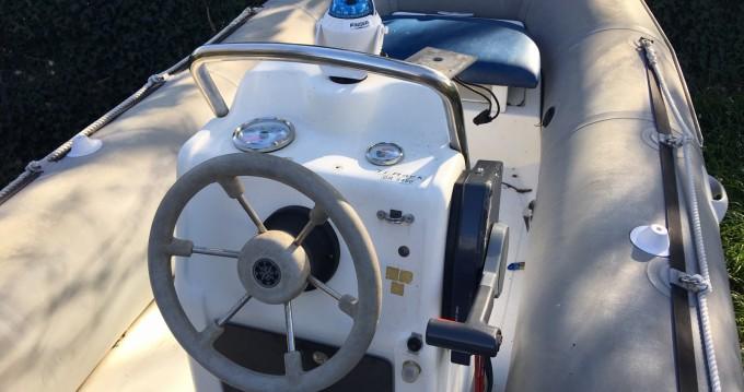 Noleggio barche Bénodet economico Explorer 485 FB