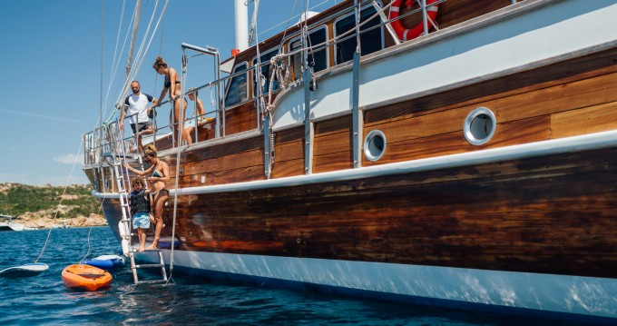 Noleggio yacht a Lu Canniscioni – Gulet Gulet Victoria M/S su SamBoat