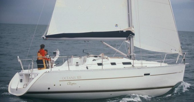 Bénéteau Oceanis tra privati e professionisti a Otranto