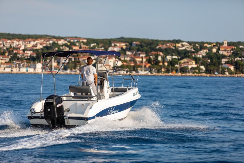 Noleggio Barca a motore Blumax con una patente