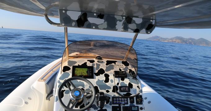 Noleggio Gommone a Port Grimaud – Wimbi Boats W9