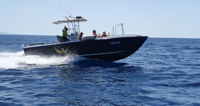 Noleggio Barca a motore Phoenix con patente nautica