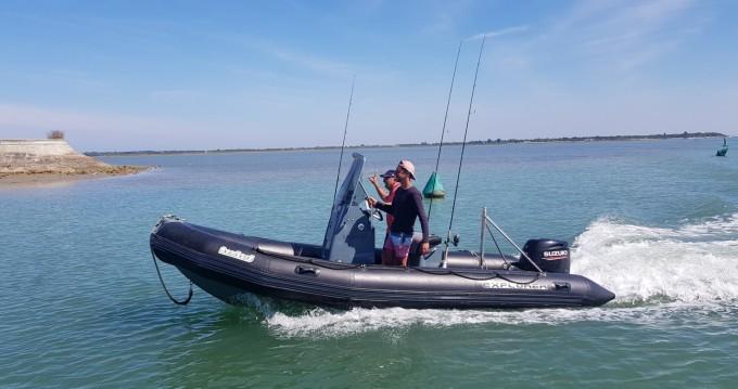 Noleggio barche La Flotte economico Sunrider 550