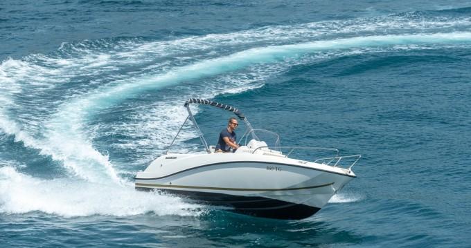 Noleggio barche Quicksilver Activ 555 Open a Split su Samboat