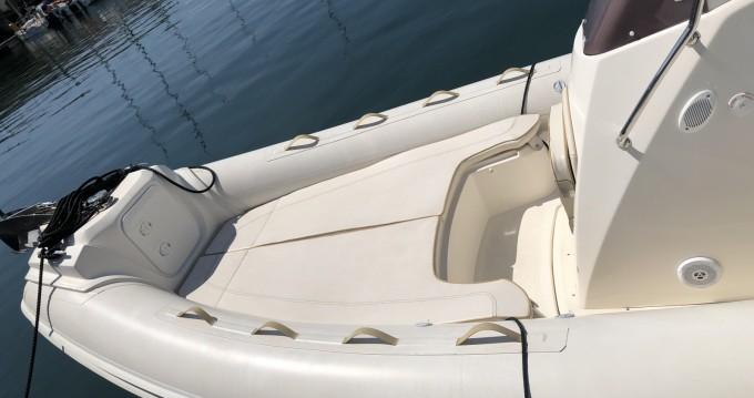 Noleggio barche Nuova Jolly Prince 21 Lorient su Samboat