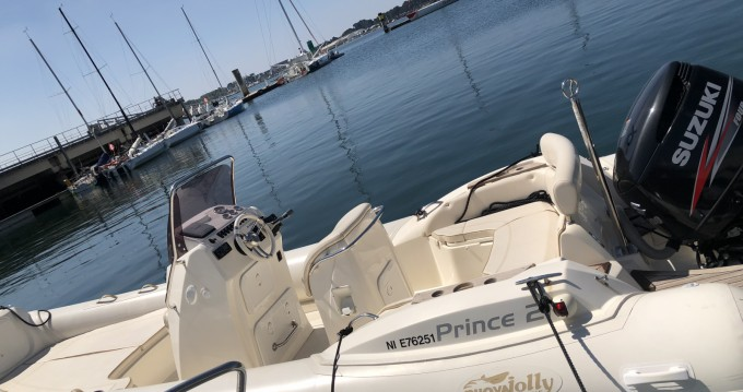 Noleggio barche Lorient economico Prince 21