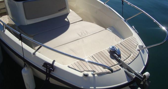 Noleggio barche Tribunj economico Quicksilver 675 Activ Open