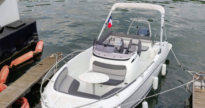 Noleggio Barca a motore a Paris – Jeanneau Cap Camarat 6.5 CC Serie 3