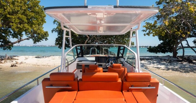 Noleggio barche Axopar 28 T-Top a Siracusa su Samboat