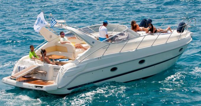 Barca a motore a noleggio a Agios Nikolaos al miglior prezzo