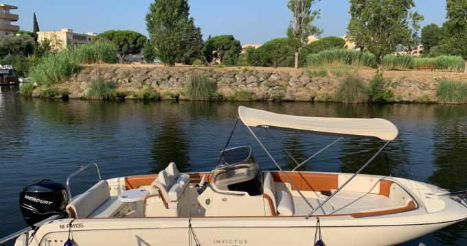 Noleggio yacht a Mandelieu-la-Napoule - Invictus  FX 270 su SamBoat