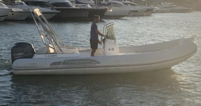 Noleggio yacht a Sainte-Maxime – Capelli Tempest 626 su SamBoat