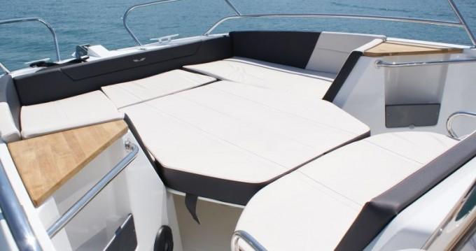 Noleggio Barca a motore a Traù – Bénéteau Flyer 8.8 SPACEdeck