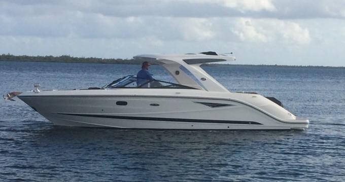 Noleggiare un Sea Ray SLX 310 West Bay