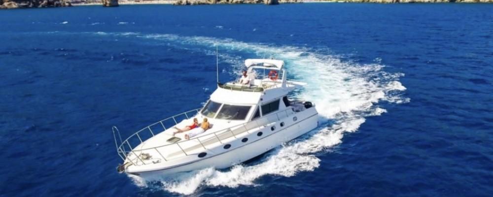 Barca a motore a noleggio Stintino al miglior prezzo