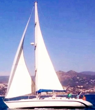 Barca a vela a noleggio a Puerto Marina Benalmadena al miglior prezzo
