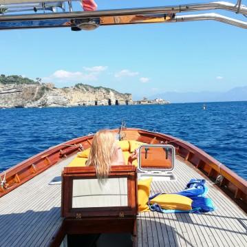 Noleggio barche Apreamare Gozzo a Napoli su Samboat