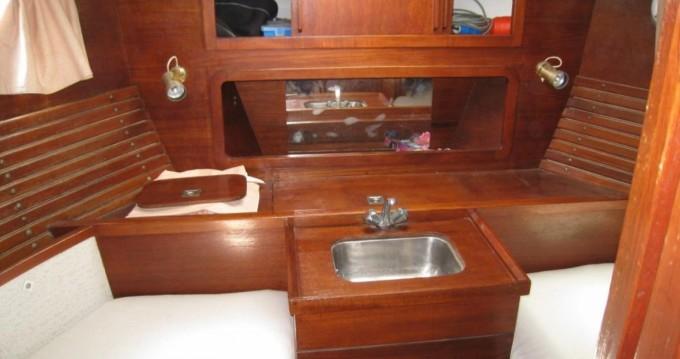 Noleggio Barca a vela Nauticat con patente nautica