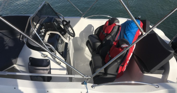 Noleggio Barca a motore Oki Boats con patente nautica