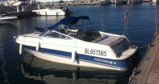 Noleggio Barca a motore a Lyon – Four Winns Sundowner 195